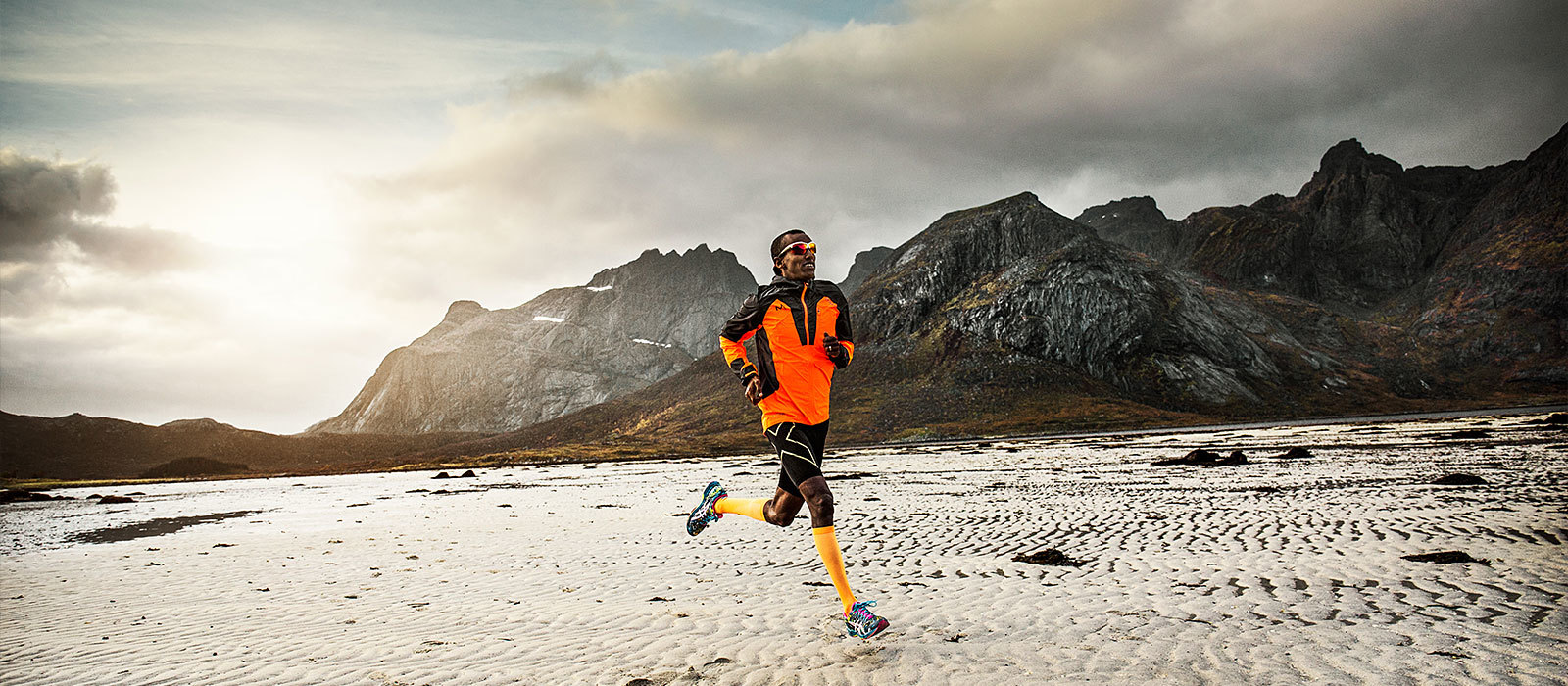 Runner using hydrogel sports fuel